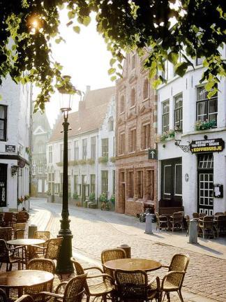 Cafe Scene, Bruges
