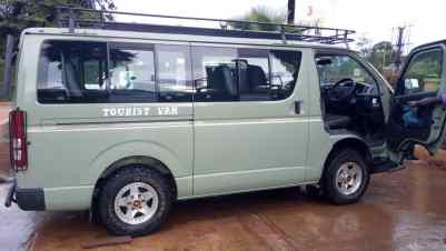 Cheap affordable car hire Uganda