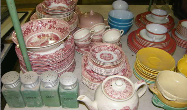 Dishes at the Crumpton Auction