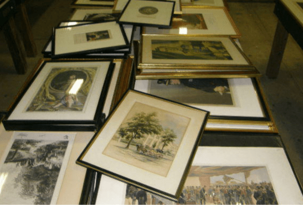 Table Lot at the Crumpton Auction