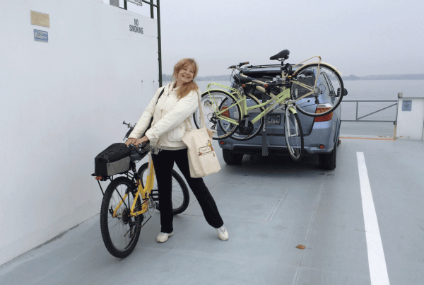 Travel Hag, Lisa L. wants to steal my TREK Shift 1. On the Oxford Ferry