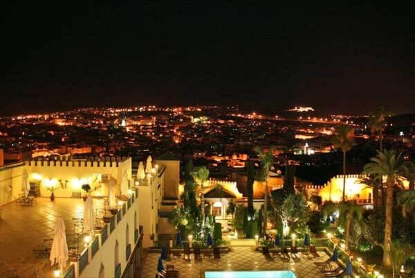 フェズの高級ホテル「パレ・ジャメ」から見たフェズのメディナの夜景