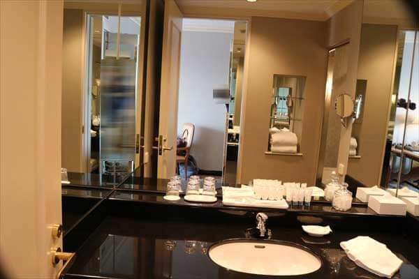 ウェスティン大阪 デラックスルーム バスルーム WESTIN OSAKA DELUXE ROOM BATH ROOM