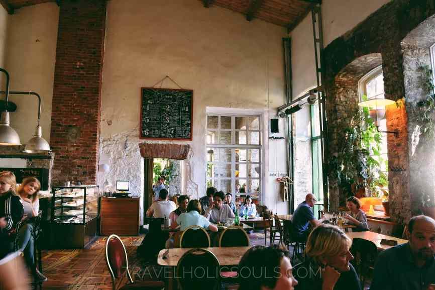 f-hoone ristorante quartiere creativo telliskivi