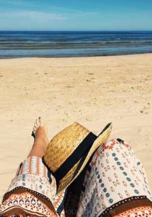 mare sole e spiaggia appena fuori da Riga