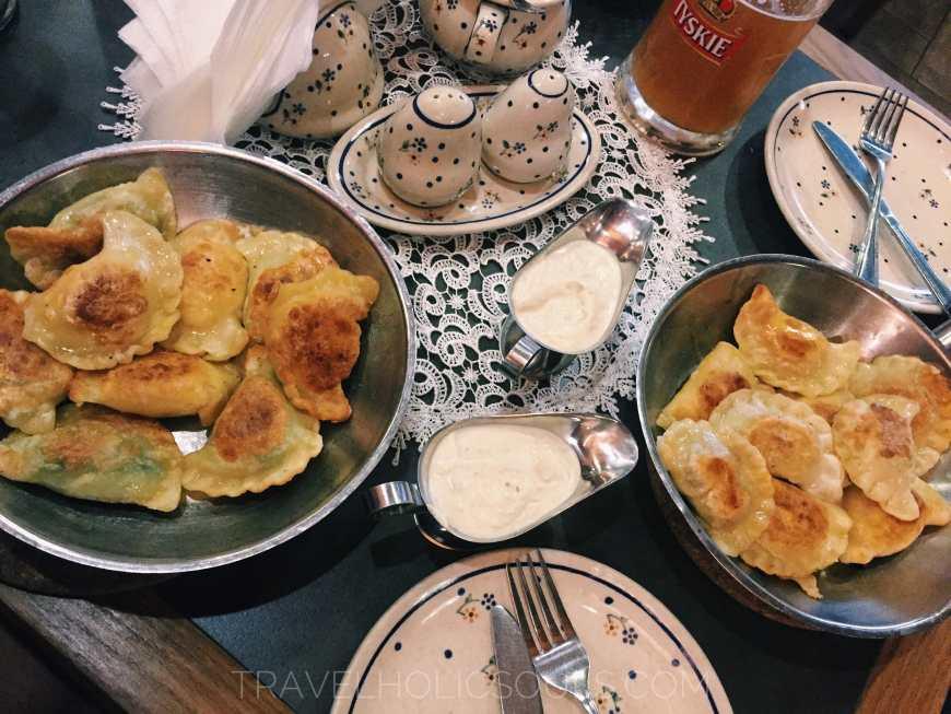 pieroghi a varsavia piatto tipico polacco
