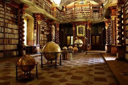 biblioteca clementina praga