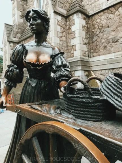 Molly Malone Statua a Dublino