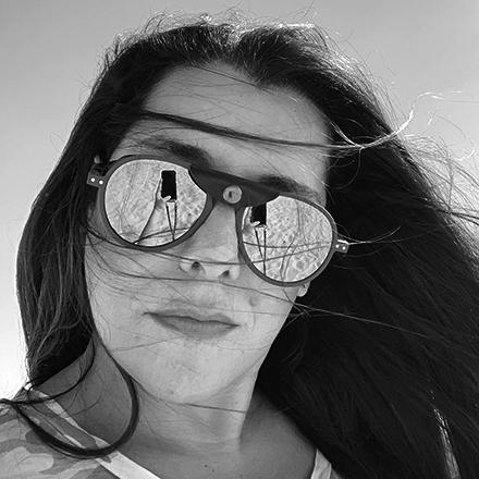 headshot of Amalia Lazarov in Qatar
