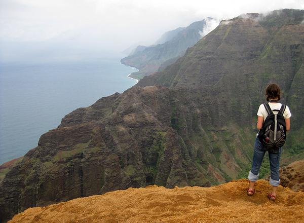 טולים ומסלולי הליכה בהוואי
