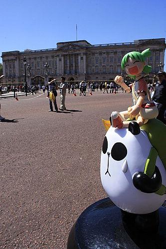 2010 四葉 與 聾貓 同遊 London – 漂泊中的魚