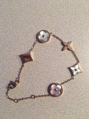 Rose Gold Bracelet, a holiday special