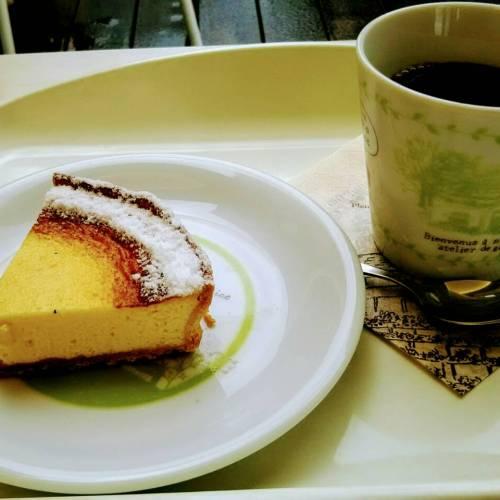 富良野のカフェ!フラノデリスとネコトコトリテイ
