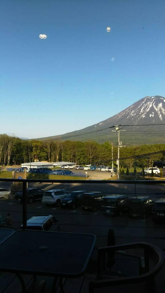 ジョジョズカフェから見える羊蹄山!