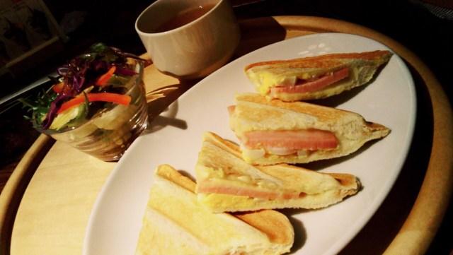札幌赤れんがテラス「YOSHIMI」のブランチ、ハムとチーズのトーストセット