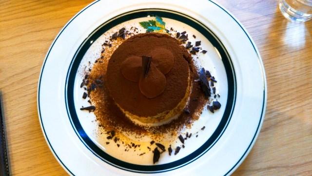 函館のgram、ティラミスのパンケーキ