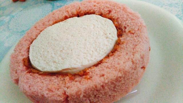 ピンク色のロールケーキ!プランタンブランby花月堂