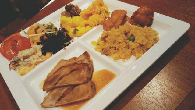 洞爺サンパレスの夕食ビュッフェ