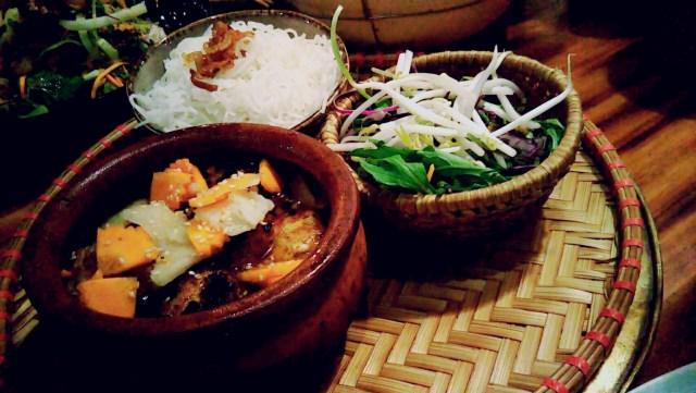ベトナムレストラン「NEM」のヌードル