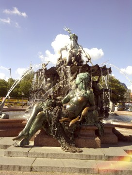 Fountain of Neptune, Deutschland