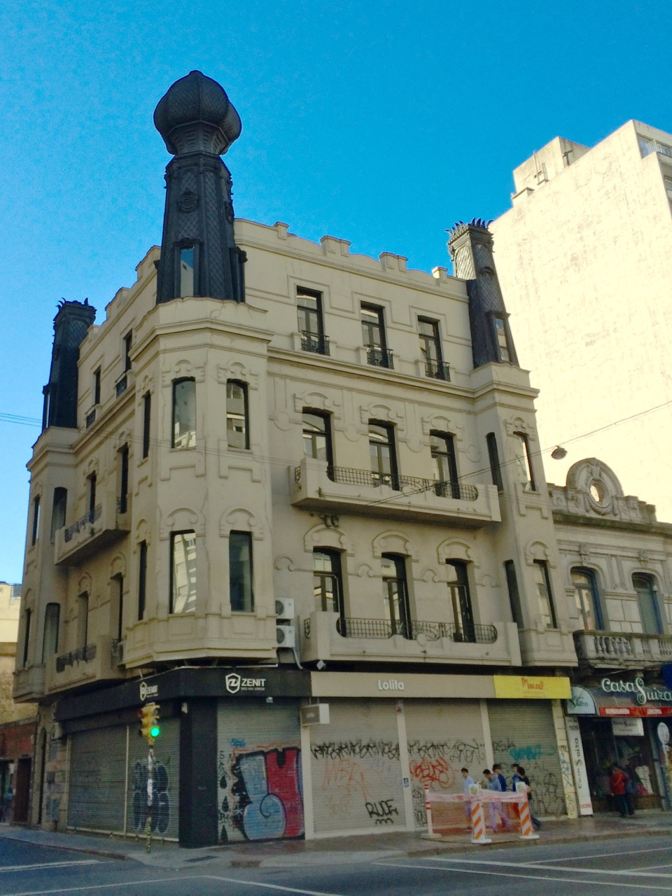 Montevideo: Architectural Delights