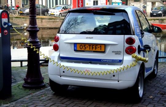 Feeding an electric car