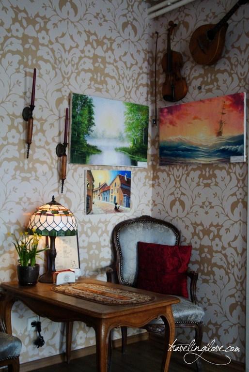Tallinn cozy cafe (4)