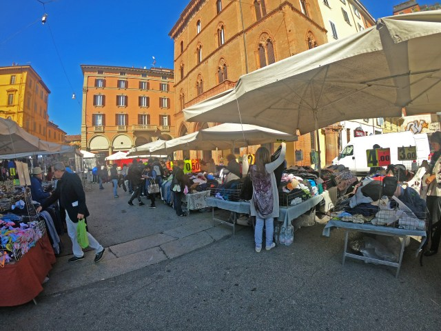 Bologna Flea Market @travelingintandem