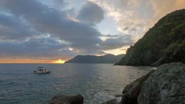 Sunset, Cinque Terre @travelingintandem