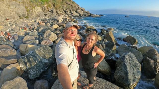 Selfie Vernazza Cove Beach, Cinque Terre @travelingintandem