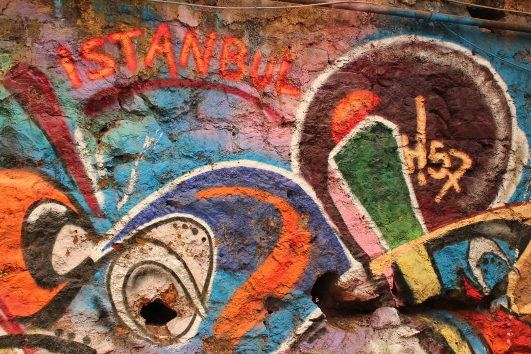 Graffiti; Istanbul, Turkey; 2013
