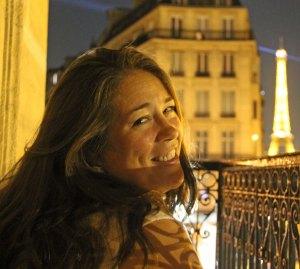 travel best hotel view Eiffel Tower