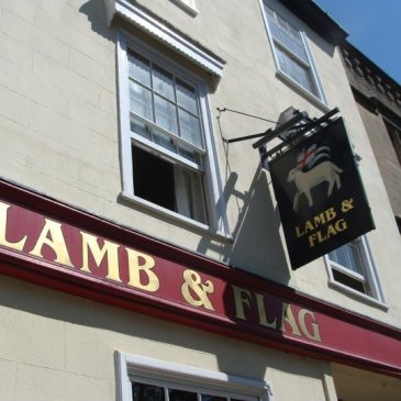 British pub Oxford Lamb and Flag writing