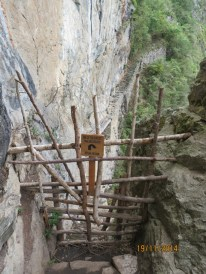Walk to the Inca bridge7