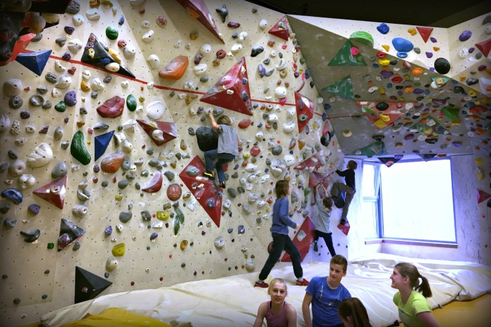 Plezalni center Ljubljana rock climbing gym