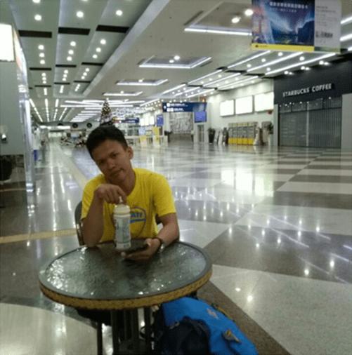Lobby bandara3