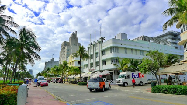Ocean Drive, Miami Beach. Photo: Traveling Reporter