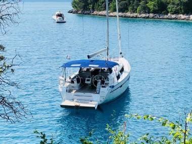 Yacht Type 1