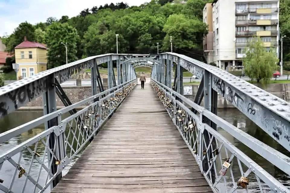 Love locks on Elisabeth Bridge, Cluj