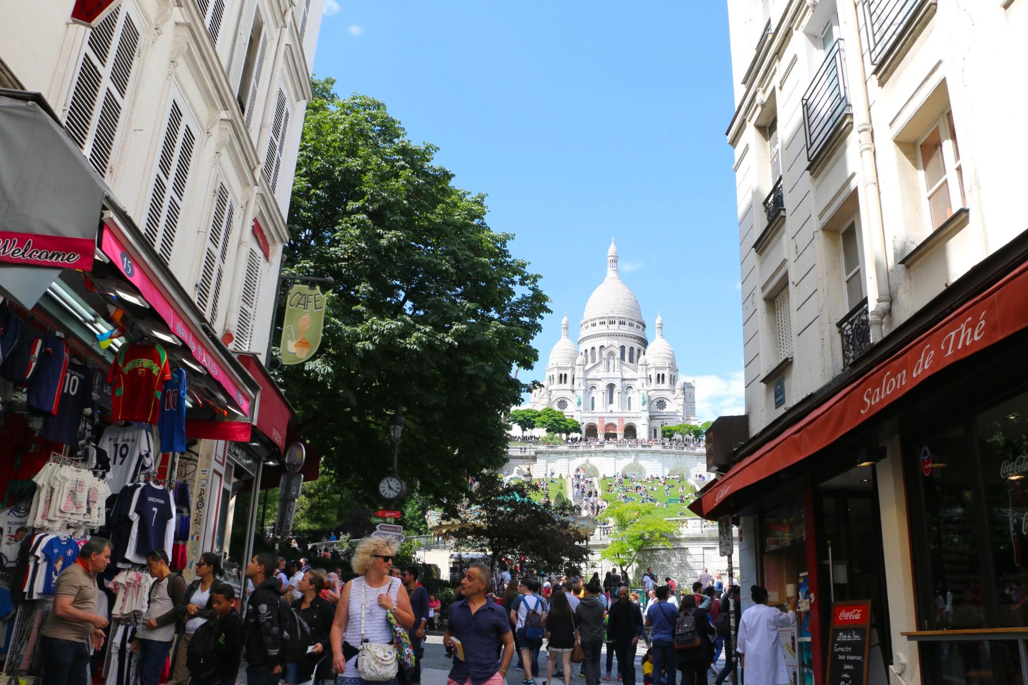 Meandering through Montmartre