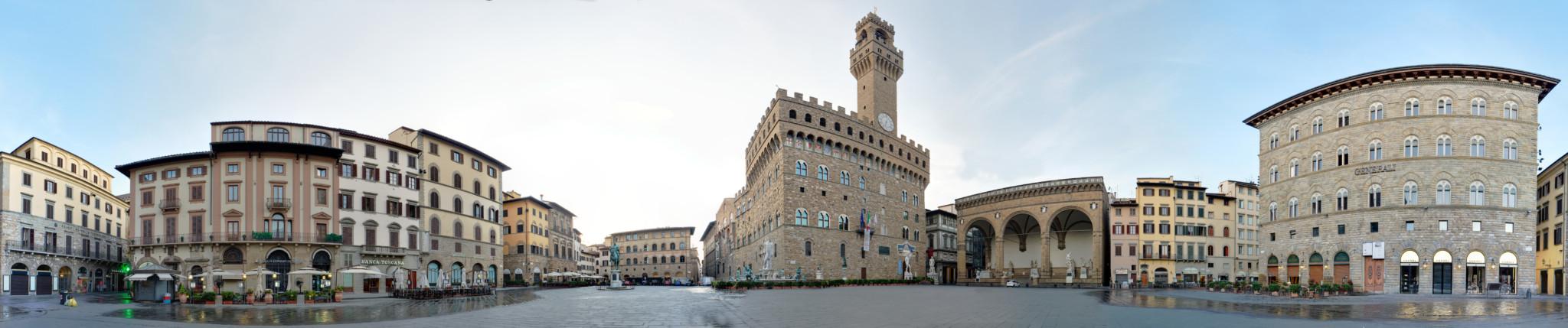 piazza_della_signoria_panoramic_view_small