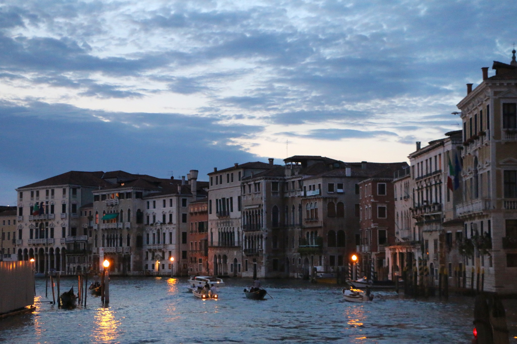 Our Romantic Italian Date Night │Venice at Night
