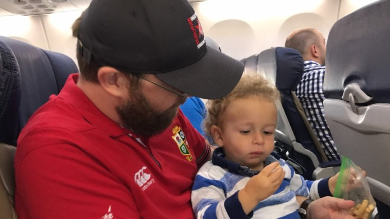 Toddler flying as a lap infant, Travel with small children
