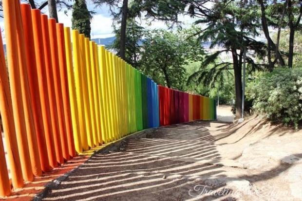 barcelona poble espanyol colourful gate