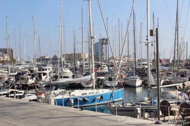barcelona port dockside boats