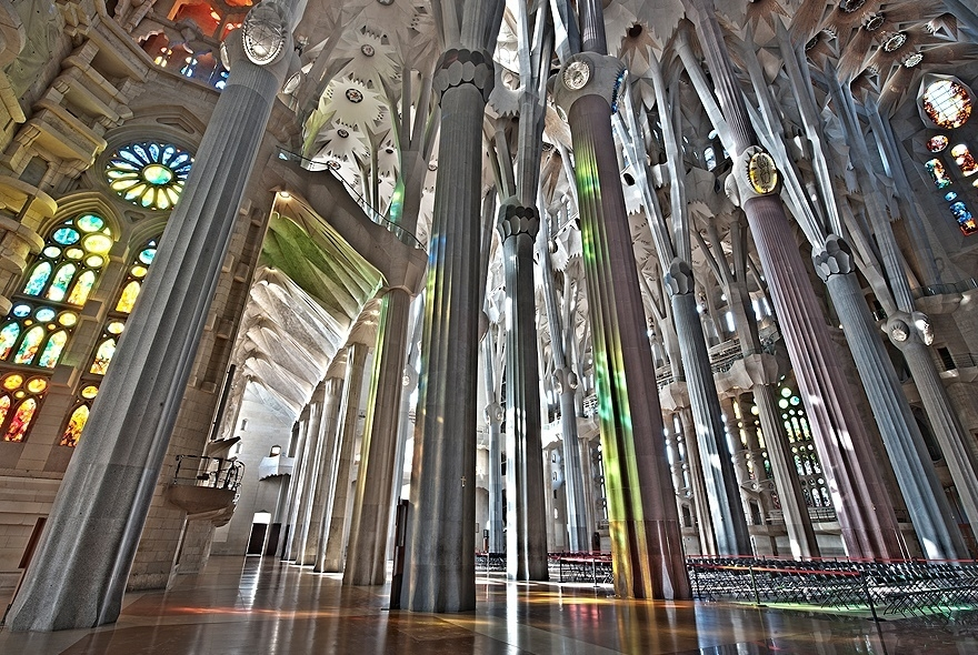 Sagrada Familia Website Interior