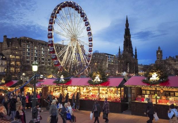 Christmas Market Edinburgh Scotland Ryan Air