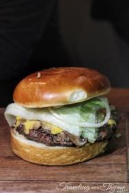 SUD Restaurant Cheese Burger