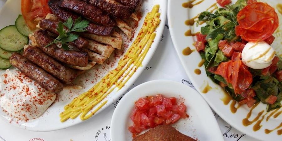 Restaurant Athens Sausages Karamanlidika tou Fani