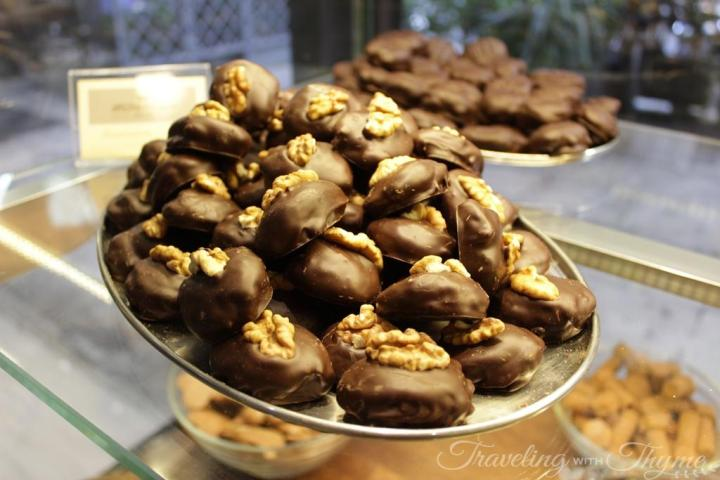 Walnut Chocolate Chocolatier Shop Athens Aristokratikon